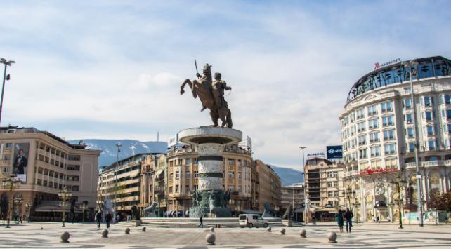 Kuzey Makedonya Türkiyeden maske ve test istedi