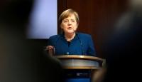 Merkel: AB, şimdiye kadarki en büyük sınavıyla karşı karşıya