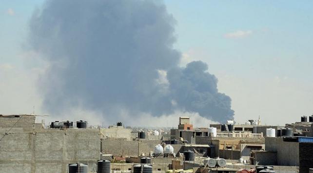 Libyada darbecilere giden yardım konvoyu vuruldu