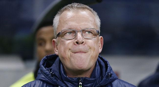 İsveç teknik direktörü ücretsiz izne çıkarıldı