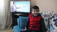 TRT EBA'yı izleyemiyordu, televizyon hediye edildi