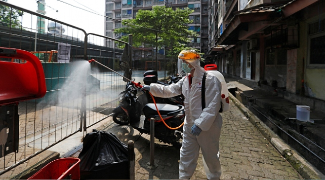 Endonezyada koronavirüs vaka sayısı 2 bin 738e çıktı