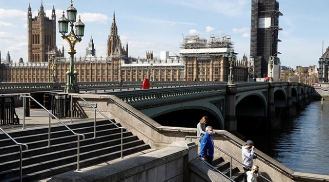 İngilterede can kaybı 5 bin 655e yükseldi