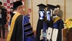 Japonyada mezuniyet töreninde öğrencilerin yerini robotlar aldı