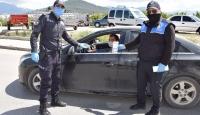 Kumluca'da kandil simitli koronavirüs uyarısı