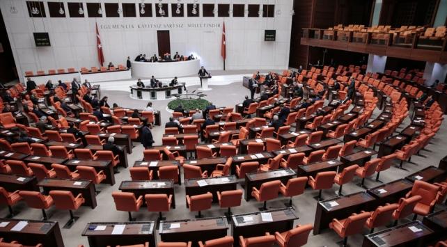 AK Partiden yükseköğretime ilişkin kanun teklifi