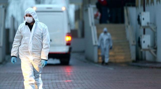 Koronavirüs nedeniyle hayatını kaybedenlerin sayısı 812 oldu