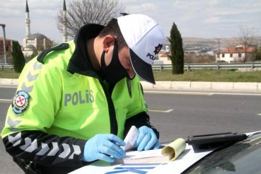 Elazığ Valisi Kaldırım, hurdacıya kesilen koronavirüs cezasını iptal etti