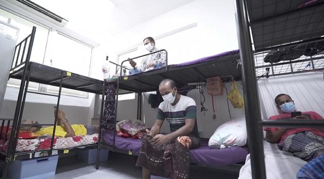Singapurda yabancı işçiler yüzer otellere yerleştirilecek