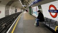 İngiltere'de son 24 saatte 717 kişi koronavirüsten öldü