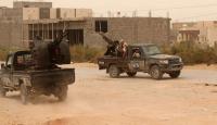 Hafter'den sivil yerleşim yerlerine roketli saldırı