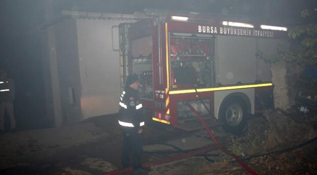 Bursada ev yangını: 1 ölü