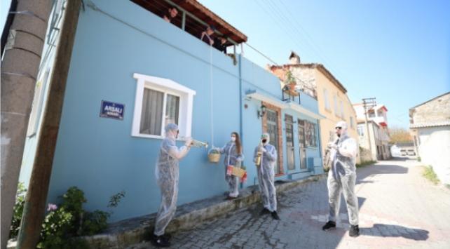 Festival enginarları Urla sokaklarında bando ile dağıtıldı