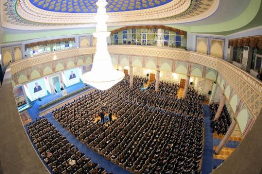 Tacikistan Cumhurbaşkanı Rahmanın Milli Meclis Başkanı seçildi