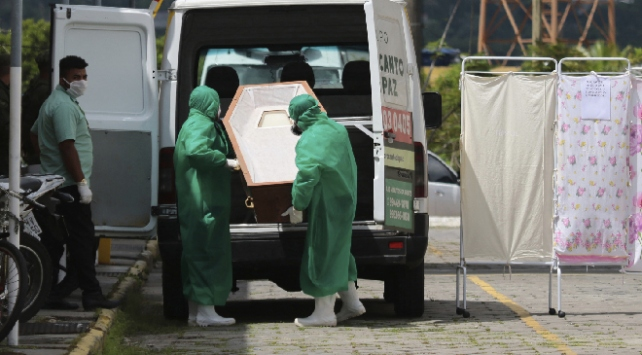 Brezilyada koronavirüsten bir günde 217 can kaybı