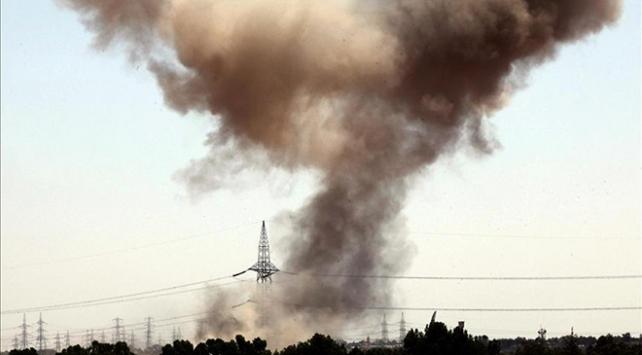 Libyada hükümet güçleri, Hafter milislerini bombaladı