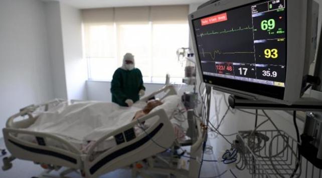 Ankara Şehir Hastanesinde koronavirüsle mücadele görüntülendi