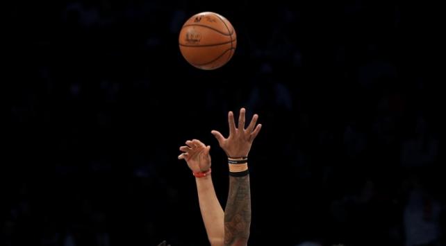 NBA oyuncularının maaşlarına yüzde 25 kesinti