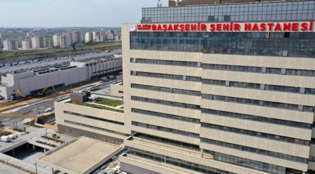 Bakan Koca: Başakşehir Şehir Hastanesinin ilk etabı 20 Nisanda açılıyor