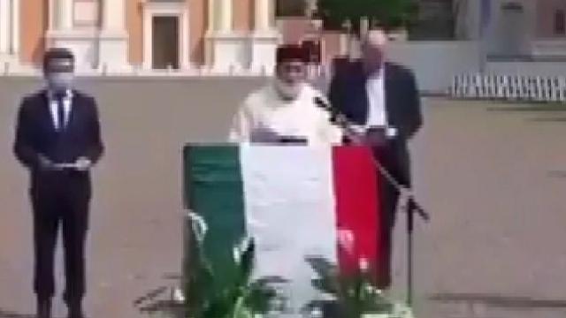 İtalya'da koronavirüse karşı dua etkinliği düzenlendi