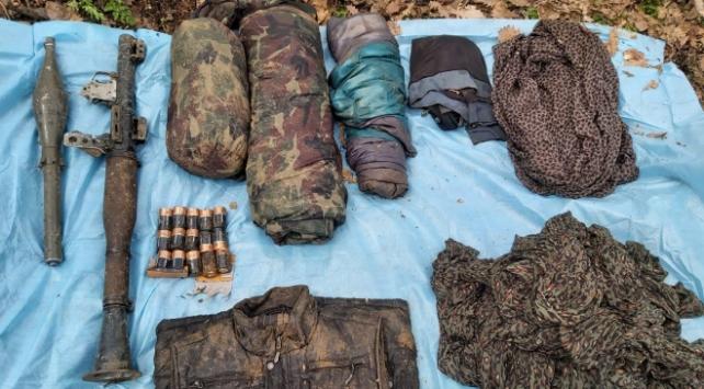 Bingöl kırsalında teröristlere ait mühimmat ele geçirildi