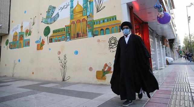 İranda son 24 saatte 91 kişi koronavirüsten öldü