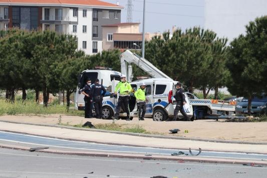Denizlide otomobille polis aracının çarpışması sonucu 3 kişi yaralandı