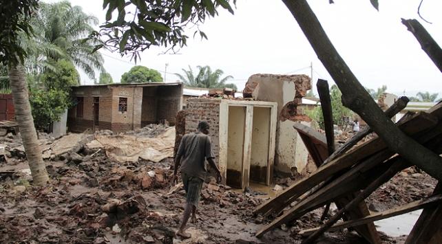Burundide nehir taştı, 5 bin ev su altında kaldı