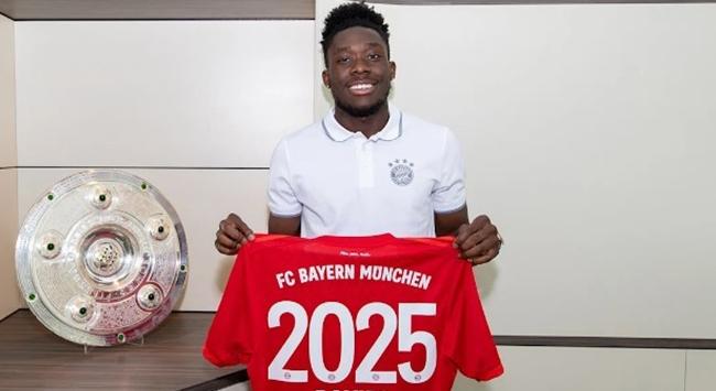 Bayern Münih Daviesin sözleşmesini uzattı