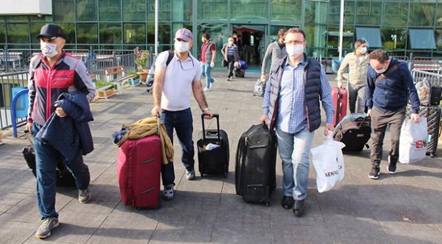 Manisada karantina süresi dolan 299 kişi evlerine gönderildi