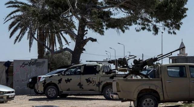 BAE şirketleri Libyada Hafter milislerine 11 bin ton jet yakıtı taşımış