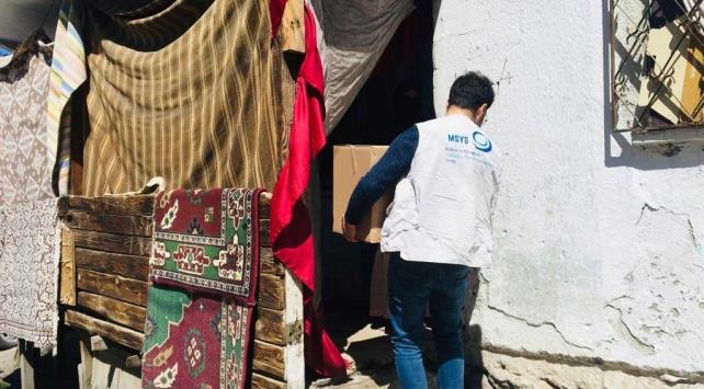 Koronavirüs günlerinde sığınmacılara uzanan yardım eli