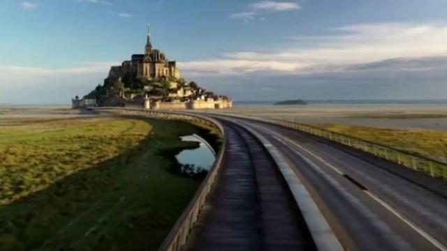 Le Mont Saint Michel Manastırı martılara kaldı