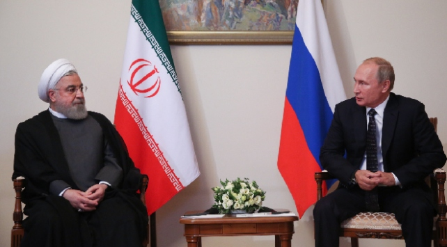 Ruhani ve Putin telefonda görüştü
