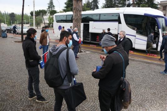 Kosova ve Arnavutluktaki Türk vatandaşları yurda getiriliyor