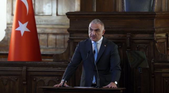 Kültür ve Turizm Bakanı Ersoydan 23 Nisan mesajı
