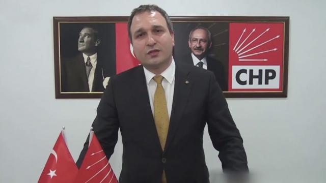 CHP İlçe Başkanı, Altun'un evinin fotoğrafını çekmeye çalıştı