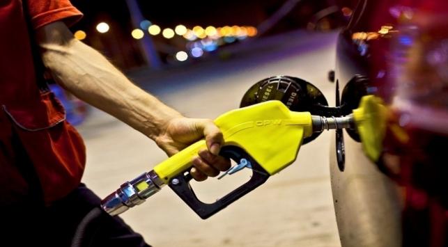 Petrol fiyatları düşünce indirimler art arda geldi