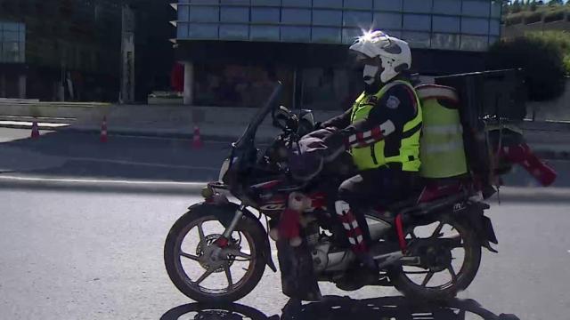 TRT Haber, moto kuryenin bir gününü görüntüledi