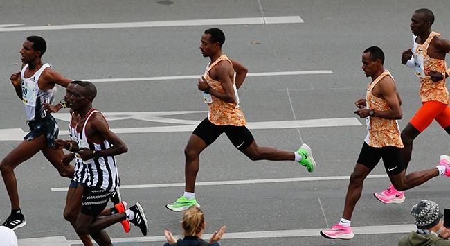 Berlin Maratonuna koronavirüs engeli