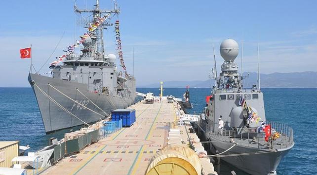 Savaş gemilerinden İstiklal Marşı okunacak