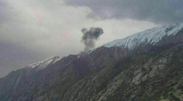 İranda eğitim uçağı düştü