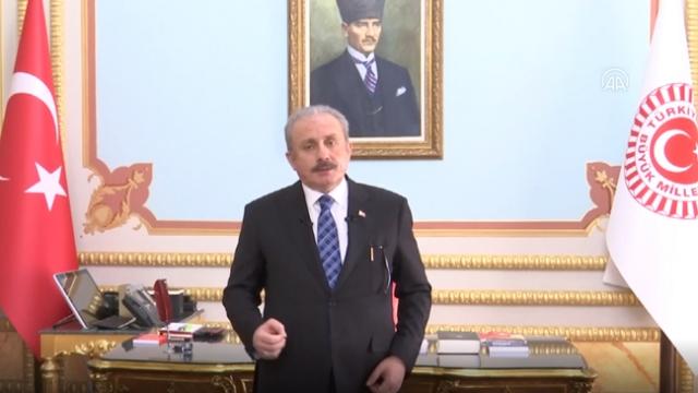 TBMM Başkanı Şentop, çocukların bayramını EBA TV'den kutladı