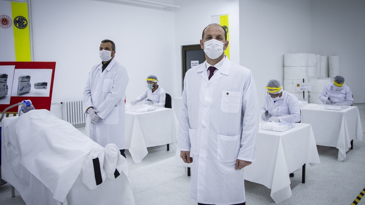 MKEK Genel Müdürü Yasin Akdere gazetecilere yaptığı açıklamada, koronavirüsle mücadele kapsamında önemli bir görevi yerine getirdiklerini belirtti.