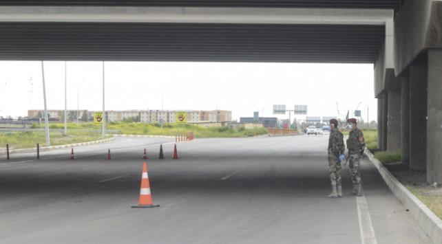 IKBYde sokağa çıkma yasağı 1 Mayısa kadar uzatıldı
