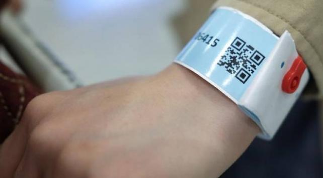 Güney Korede karantinayı ihlal edenler elektronik bilekliklerle izlenecek