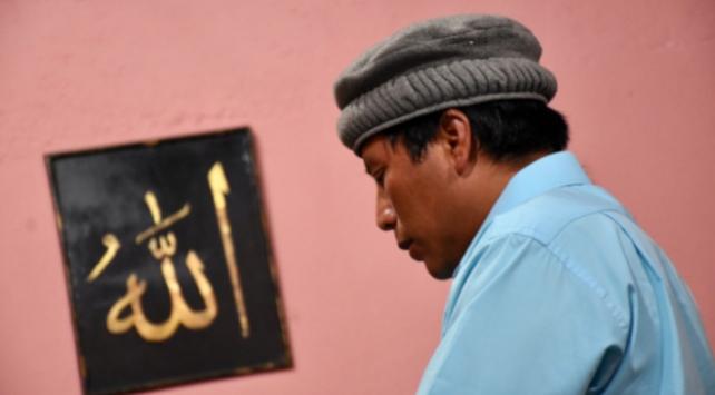 Ramazanın ilk gününde dünyadan manzaralar