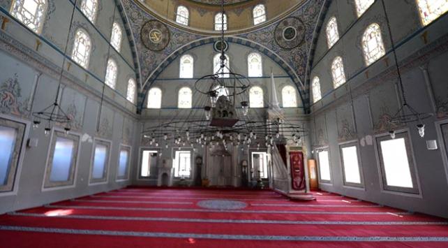 Camiler tarihinin en sesiz günlerini yaşıyor