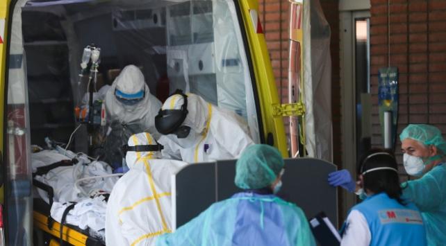 İspanyada son 24 saatte 331 kişi koronavirüsten öldü