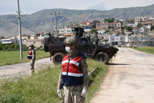 Nusaybinde karantinaya alınan 3 kırsal mahallede tedbirler artırıldı
